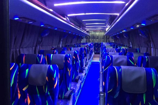 Laxury Bus seats1